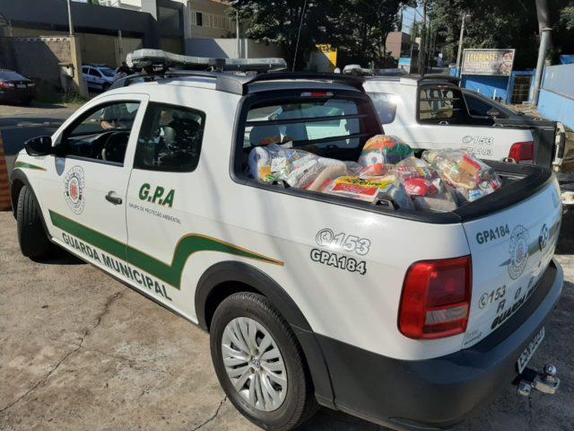 Guarda Municipal de Americana entrega mais 55 cestas básicas no último domingo