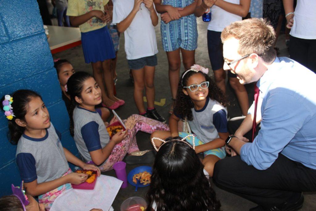 Prefeitura de Sumaré distribui nova remessa de kits nutricionais para alunos cadastrados no programa Bolsa Família