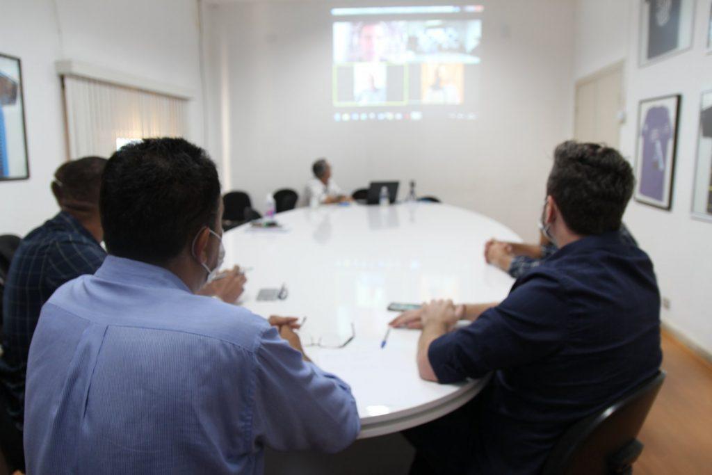 Comitê de Prevenção e Enfrentamento ao Coronavírus faz teleconferência com diretores do grupo Amil