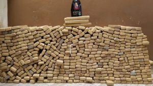 Polícia prende 3 suspeitos em Sumaré com 491 tijolos de maconha