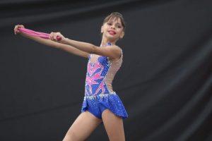 Atleta da ginástica rítmica de Hortolândia é destaque em competição online da modalidade