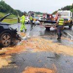 Engavetamento na Rodovia dos Bandeirantes mata dois e deixa seis feridos em Sumaré